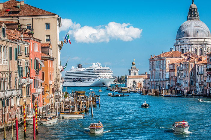 viking cruise barcelona to venice - photo#39