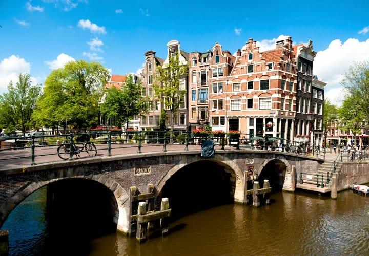 Bruges, Medieval Flanders, Amsterdam & the Dutch Bulbfields