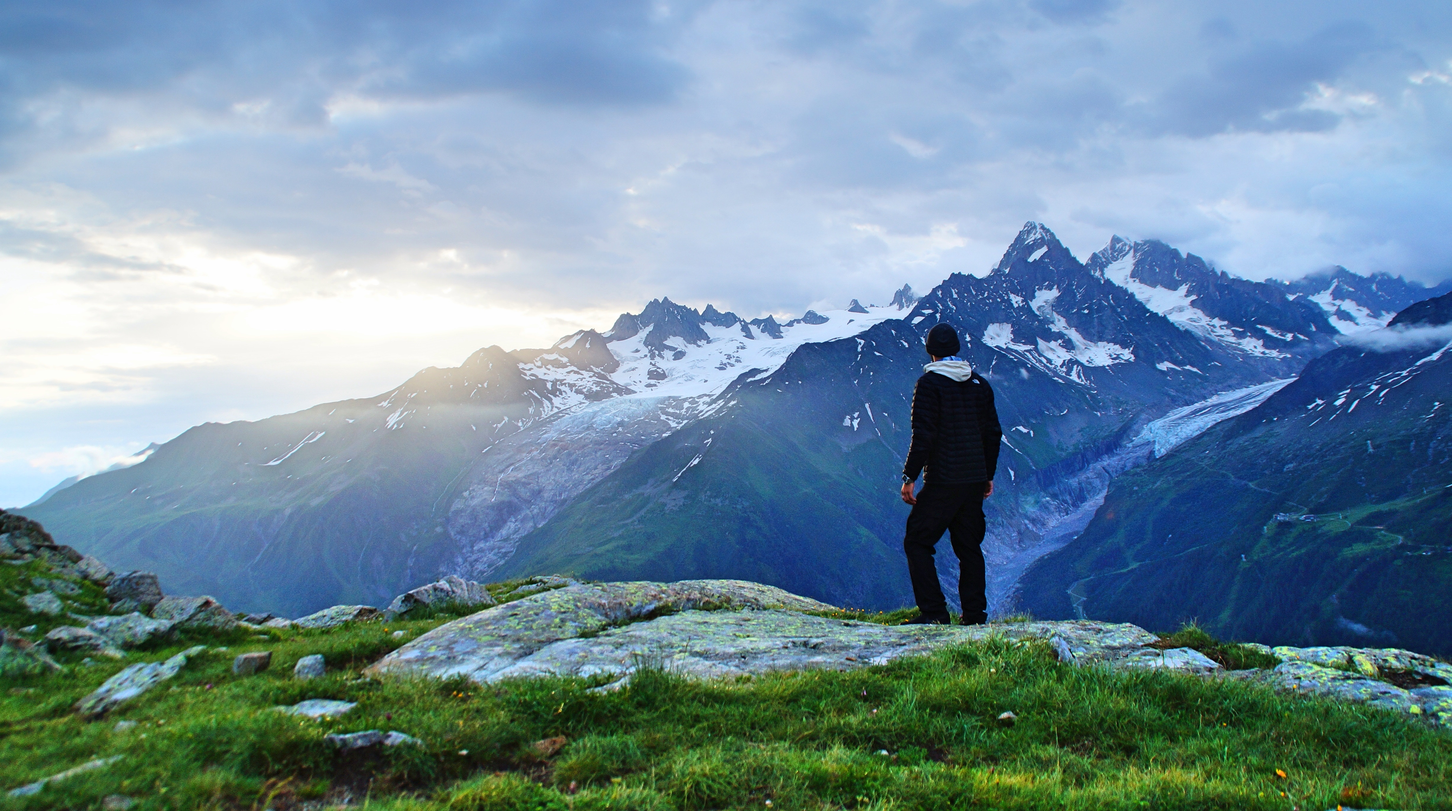 french Pyrenees - mountain climbing holidays