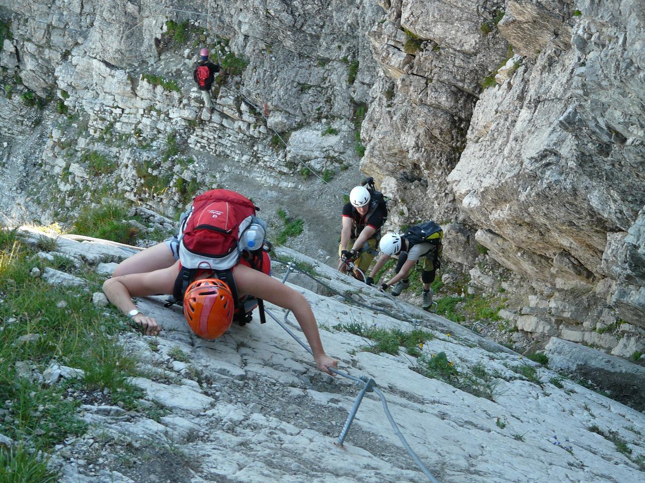 steep descent - mountain climbing holidays