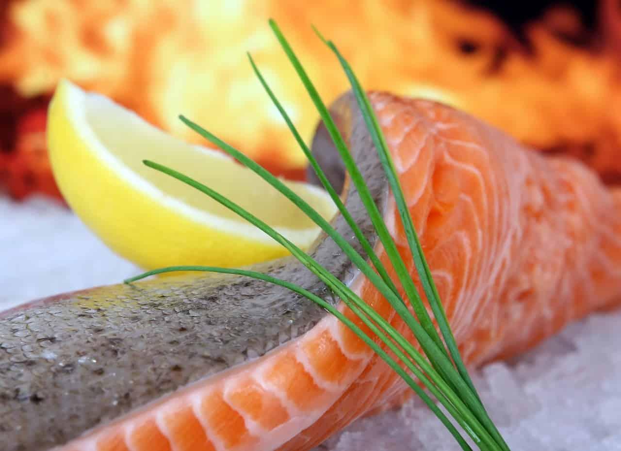 Salmon sushi roll - Balinese cuisine